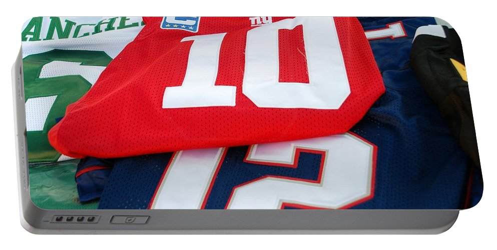 New York Giants Portable Battery Charger featuring the photograph 6 10 12 by Rob Hans