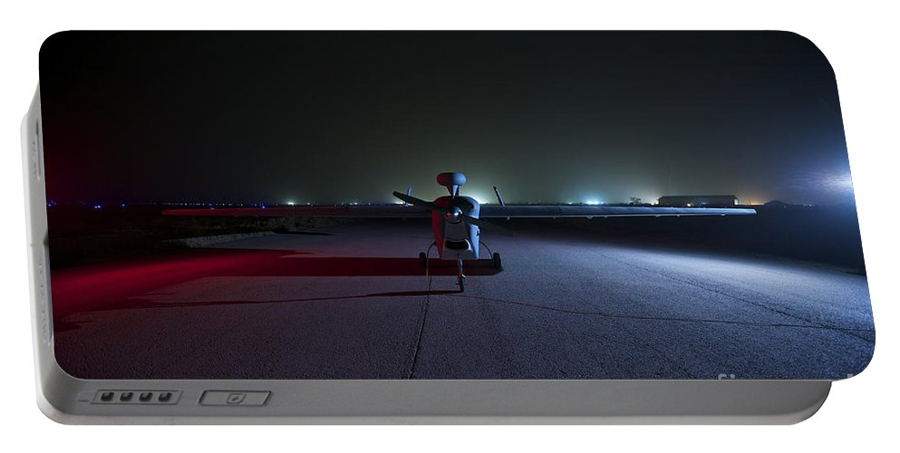 Rq-5 Hunter Portable Battery Charger featuring the photograph An Rq-5 Hunter Unmanned Aerial Vehicle by Terry Moore