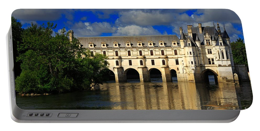 Chateau Portable Battery Charger featuring the photograph Chateau Chenonceau by Louise Heusinkveld