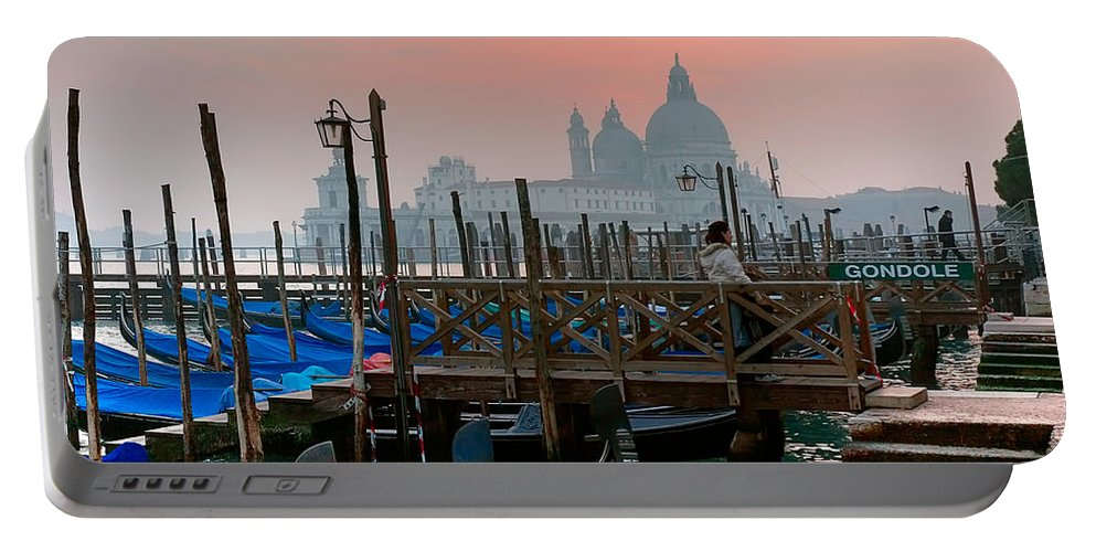 Venice Italy Portable Battery Charger featuring the photograph Gondole. Venezia. by Juan Carlos Ferro Duque