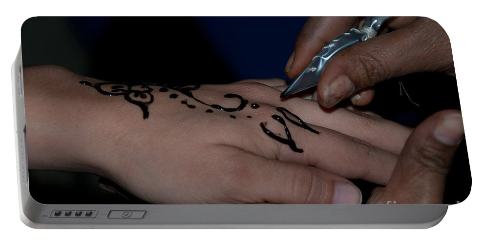 Egypt Aswan Portable Battery Charger featuring the digital art Henna Hand by Carol Ailles