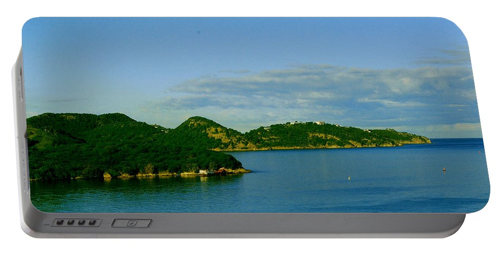 Caribbean Island Portable Battery Charger featuring the photograph Island Paradise by Gary Wonning