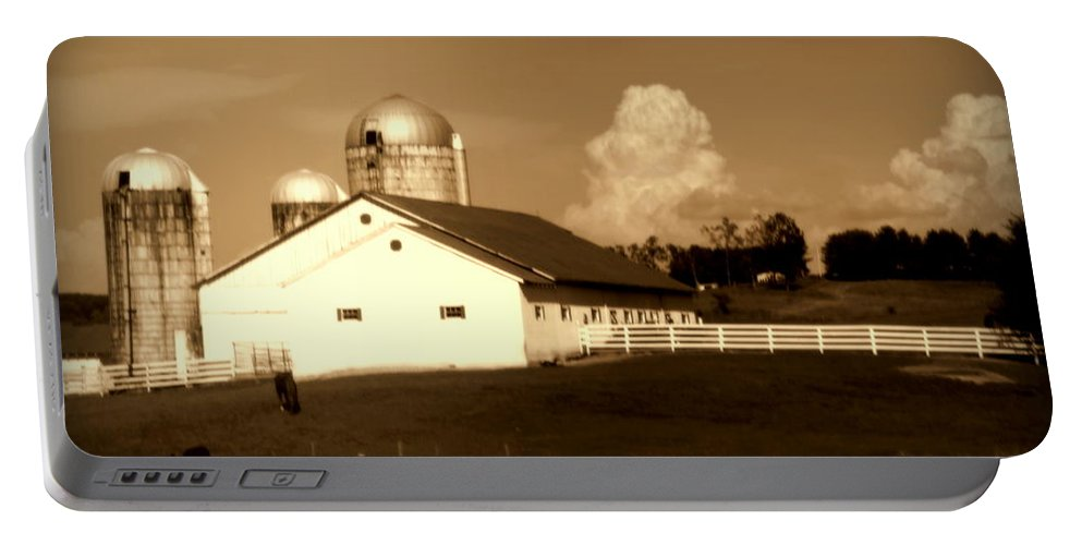 Barns Portable Battery Charger featuring the photograph Cattle Farm Mornings by Karen Wiles