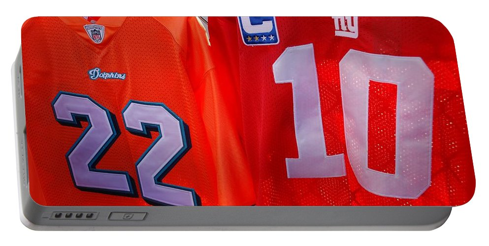 New York Giants Portable Battery Charger featuring the photograph 22 10 by Rob Hans