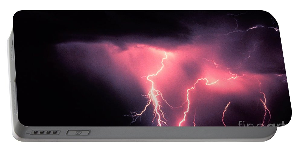 Science Portable Battery Charger featuring the photograph Cloud-to-ground Lightning by Science Source