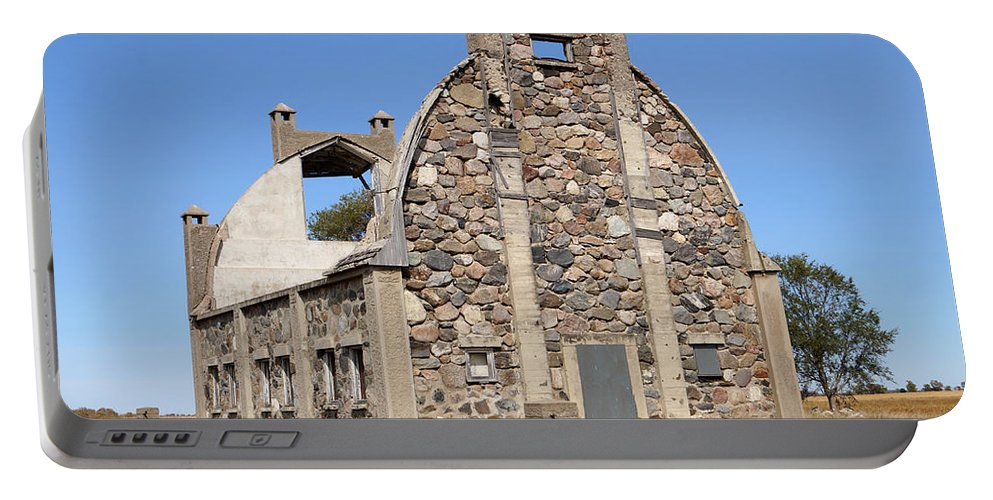Barn Portable Battery Charger featuring the photograph Schott Stone Barn by Lori Tordsen