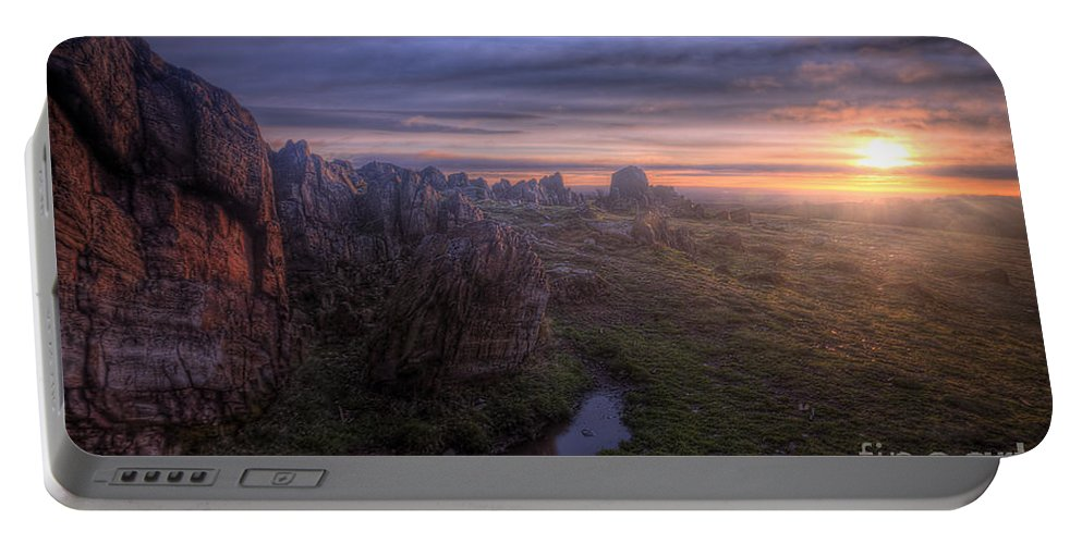Art Portable Battery Charger featuring the photograph Beacon Hill Sunrise 6.0 by Yhun Suarez