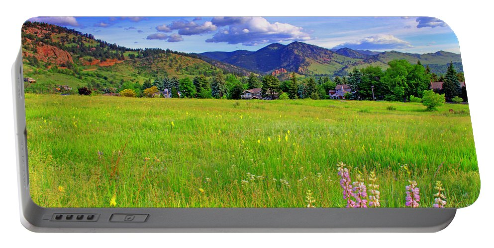 Colorado Portable Battery Charger featuring the photograph Boulder Park View by Scott Mahon
