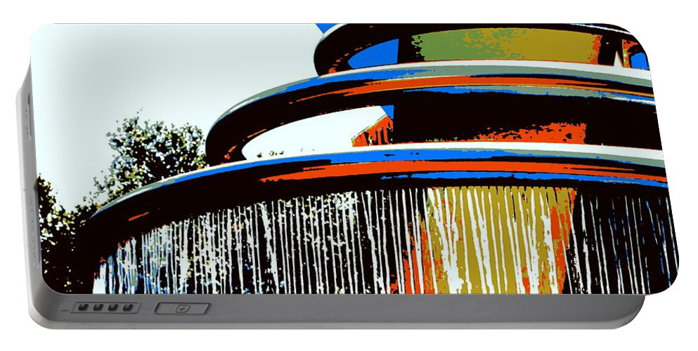 Fountain Portable Battery Charger featuring the photograph Boyd Plaza Fountain by Samantha Glaze