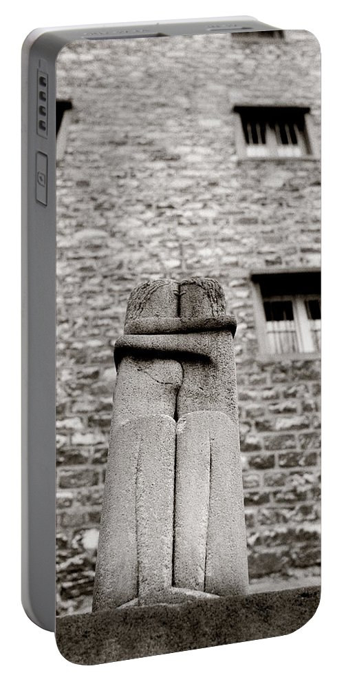 Love Portable Battery Charger featuring the photograph Brancusi The Kiss by Shaun Higson