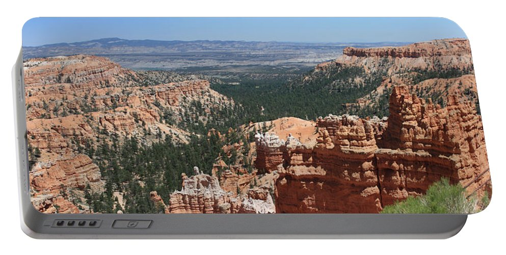 Bryce Portable Battery Charger featuring the photograph Bryce Canyon 5192 by Margie Wildblood
