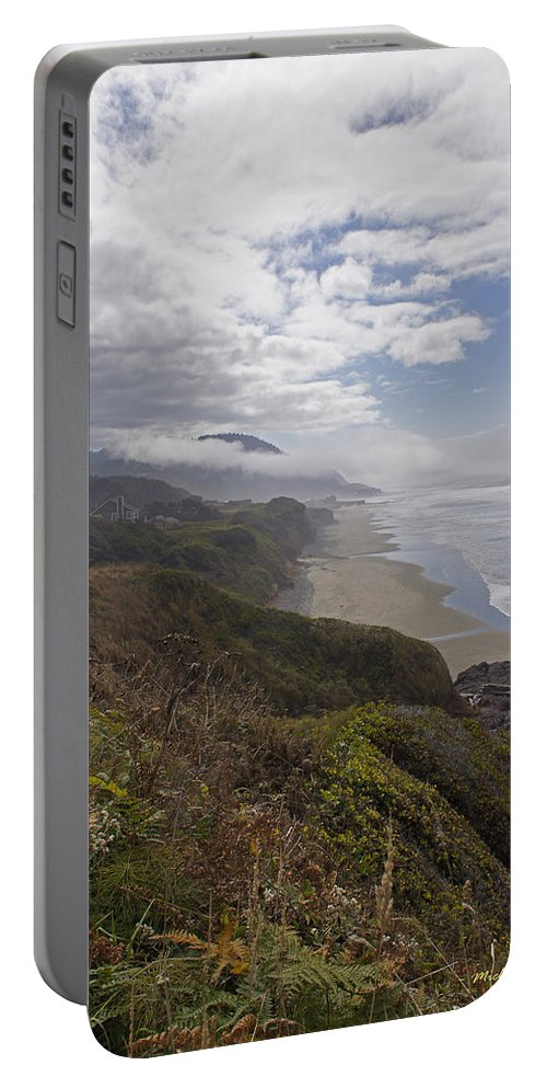 Oregon Portable Battery Charger featuring the photograph Central Oregon Coast Vista by Mick Anderson