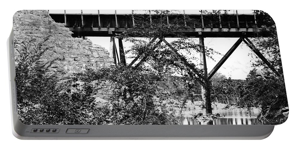 1865 Portable Battery Charger featuring the photograph Civil War: Foot Bridge by Granger