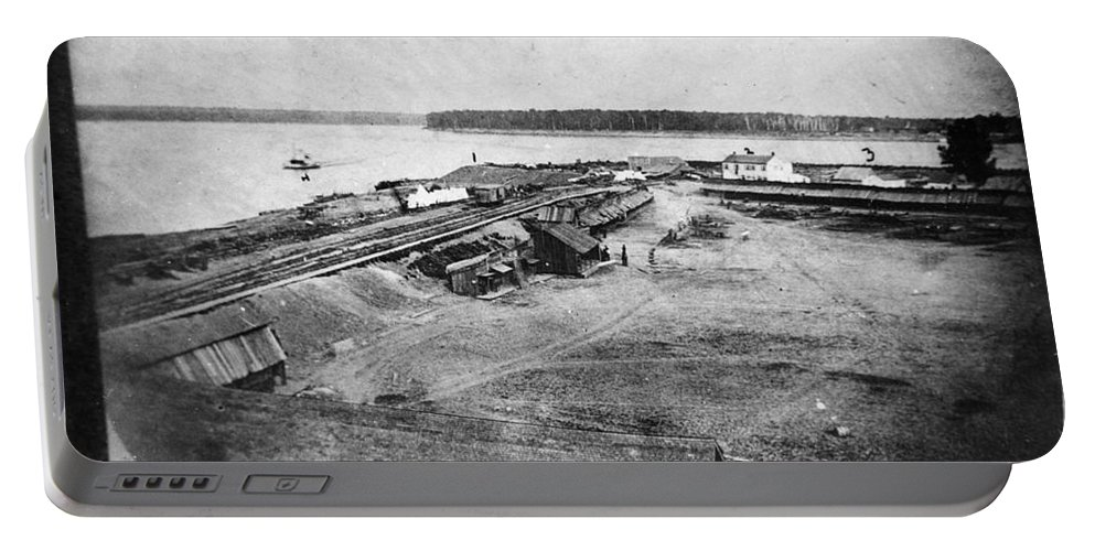 1861 Portable Battery Charger featuring the photograph Civil War: Fort Defiance by Granger