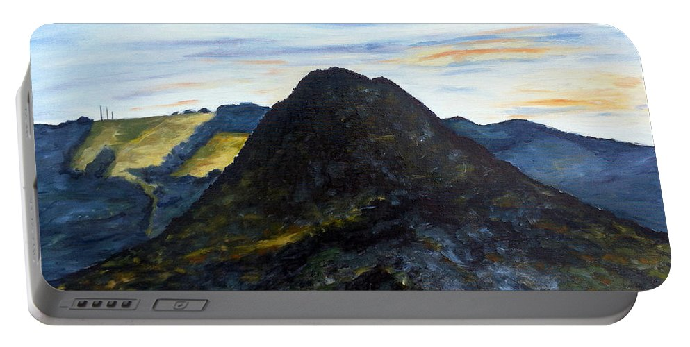 Landscape Portable Battery Charger featuring the painting Co Je Ti Do Toho by Pablo de Choros