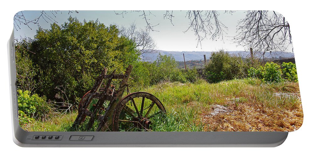 Abandoned Portable Battery Charger featuring the photograph Countryside Wagon by Carlos Caetano