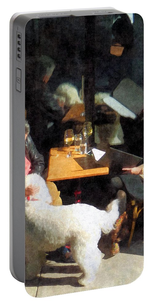 Dog Portable Battery Charger featuring the photograph Dining Out With The Family by Susan Savad