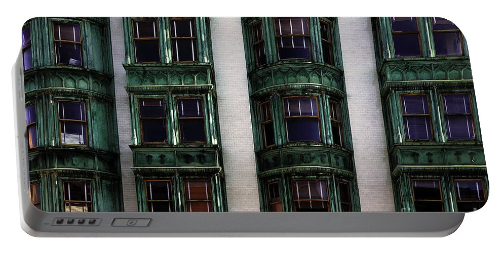 San Francisco Portable Battery Charger featuring the photograph Downtown San Francisco by Bob Christopher