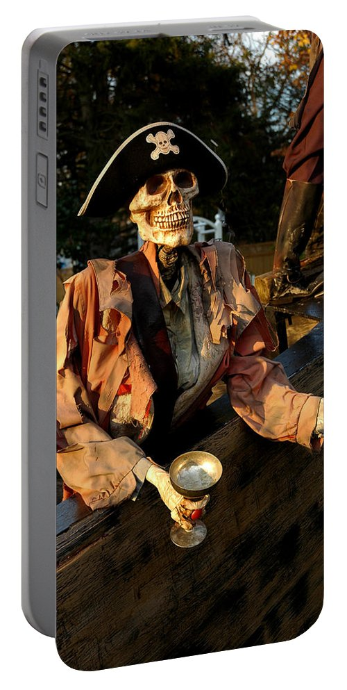 Usa Portable Battery Charger featuring the photograph Drink To Death by LeeAnn McLaneGoetz McLaneGoetzStudioLLCcom