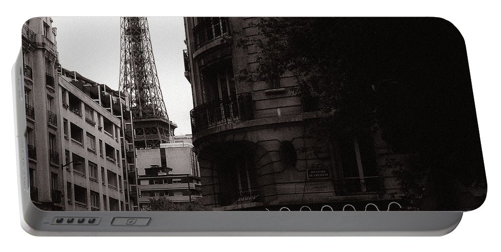 Eiffel Portable Battery Charger featuring the photograph Eiffel Tower Black And White 2 by Andrew Fare