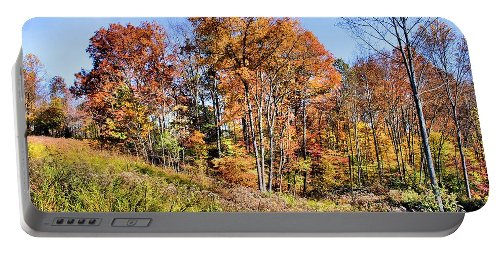 Culleoka Portable Battery Charger featuring the photograph Fall In The Foothills by Kristin Elmquist