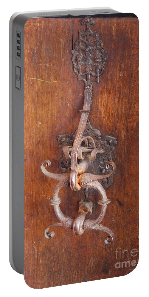 Guild Hall Portable Battery Charger featuring the photograph Guild Hall Door Knocker by Christiane Schulze Art And Photography