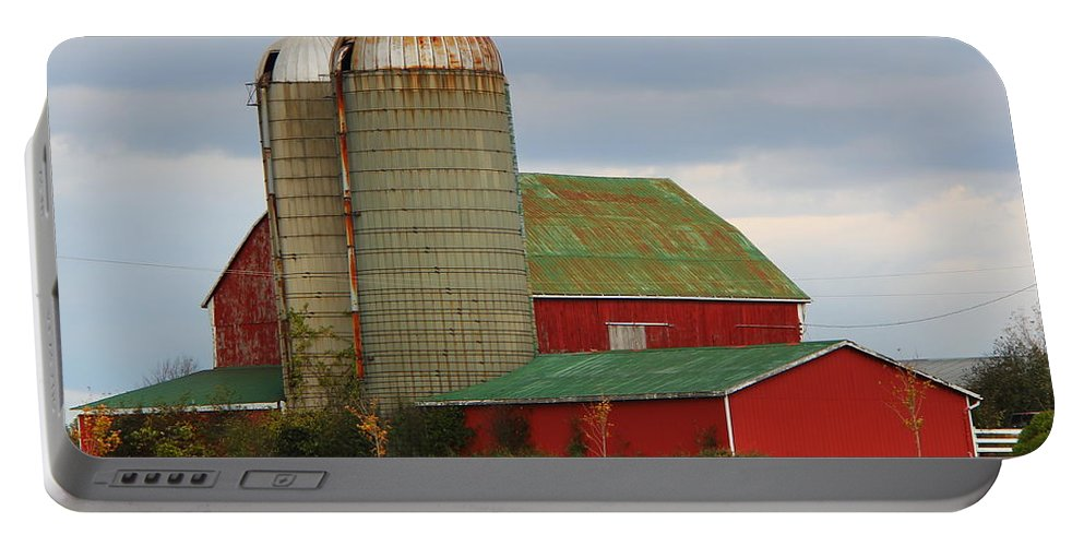 Barn Portable Battery Charger featuring the photograph In Farmer's Field by Davandra Cribbie