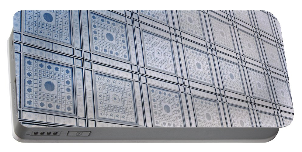 Paris Portable Battery Charger featuring the photograph Institut Du Monde Arabe by Shaun Higson