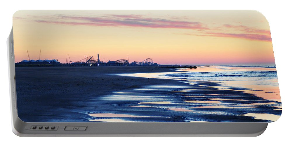 Jersey Shore Sunrise Portable Battery Charger featuring the photograph Jersey Shore Sunrise by Bill Cannon