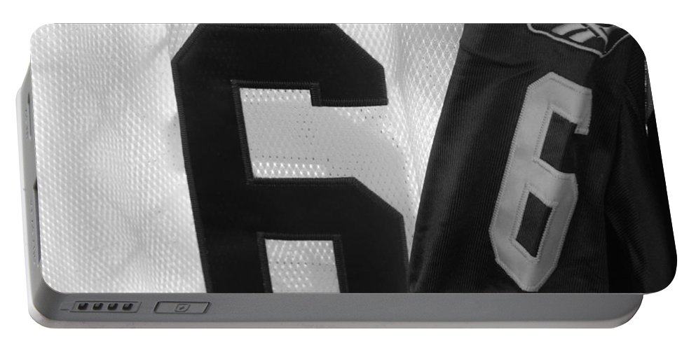 New York Jets Jersey Portable Battery Charger featuring the photograph Jets Number 6 by Rob Hans
