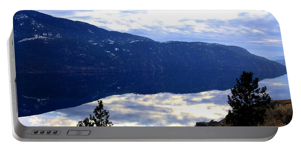 Lakeside Portable Battery Charger featuring the photograph Lakeside Living by Will Borden