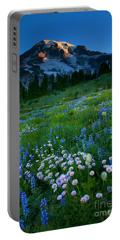 Rainier Portable Battery Charger featuring the photograph Morning Majesty by Mike Dawson
