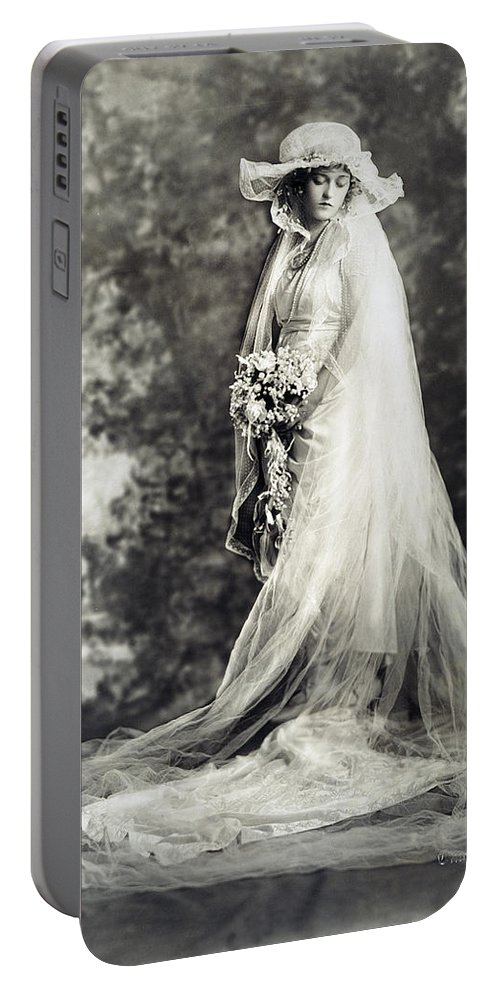 1920 Portable Battery Charger featuring the photograph New York: Bride, 1920 by Granger