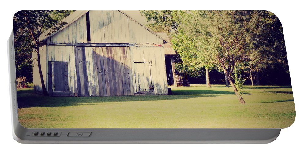 Nature Portable Battery Charger featuring the photograph Ohio Shed by Paulette B Wright