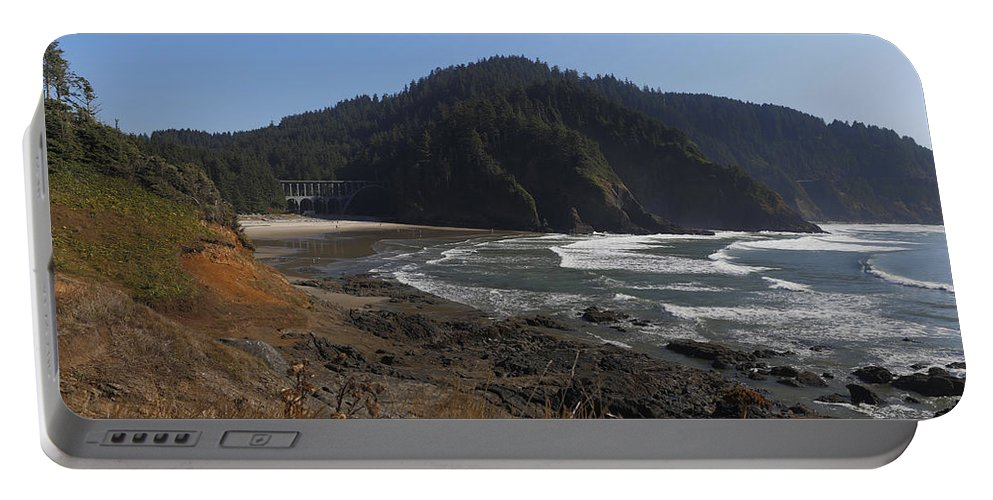 Oregon Coast Portable Battery Charger featuring the photograph Oregon Coast No. 3 by Belinda Greb