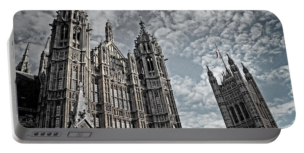 Palace Of Westminster Portable Battery Charger featuring the photograph Palace Of Westminster by Heather Applegate