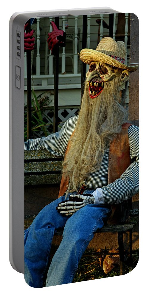 Usa Portable Battery Charger featuring the photograph Park Bench Ghoul by LeeAnn McLaneGoetz McLaneGoetzStudioLLCcom