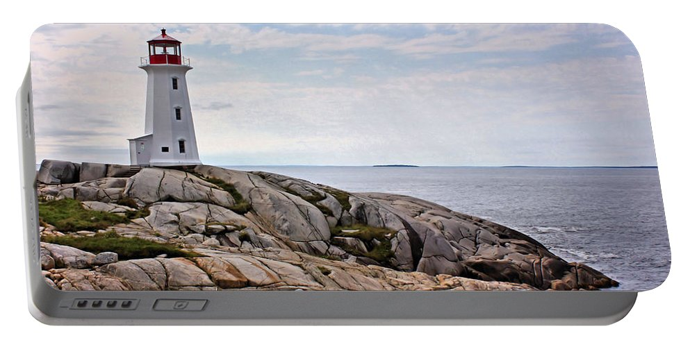 Lighthouse Portable Battery Charger featuring the photograph Peggy's Cove Lighthouse by Kristin Elmquist