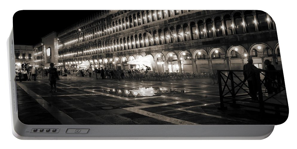 Venice Portable Battery Charger featuring the photograph Piazza San Marco At Night Venice by Beth Riser