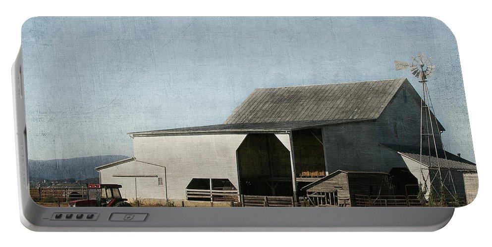 Farm Portable Battery Charger featuring the photograph Pumpkin Farm by Kim Hojnacki