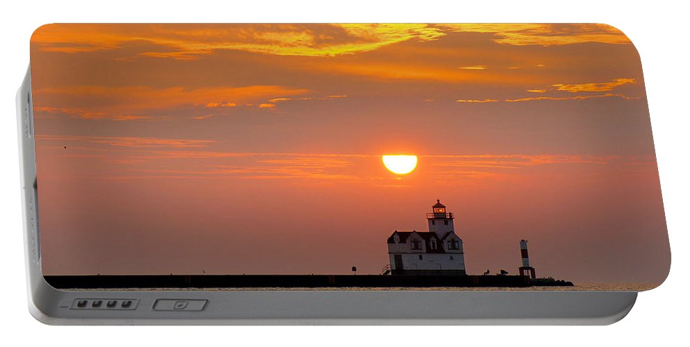 Lighthouse Portable Battery Charger featuring the photograph Supraliminal Sunrise by Bill Pevlor