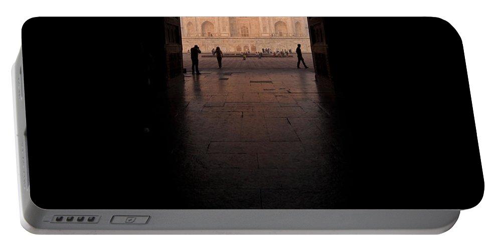 Taj Mahal Portable Battery Charger featuring the photograph Taj Portal by Mike Reid