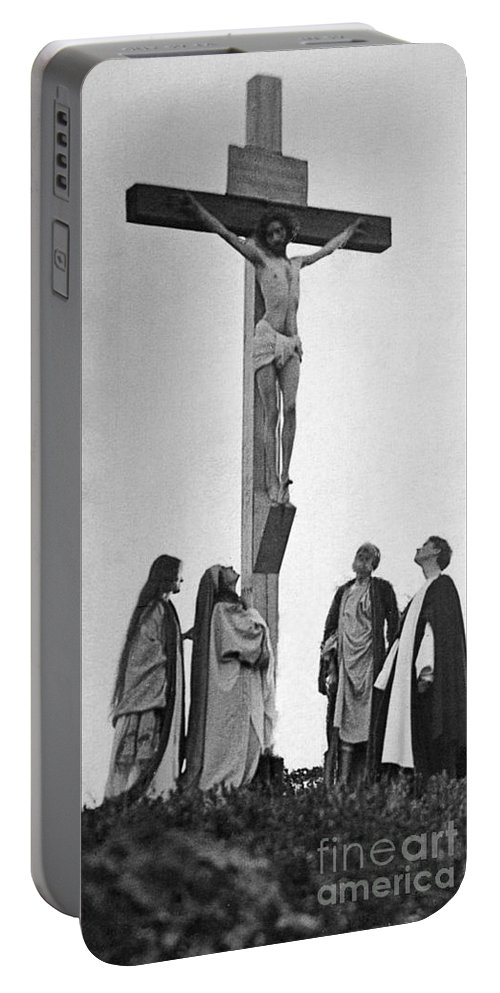 1898 Portable Battery Charger featuring the photograph The Crucifixion by Granger