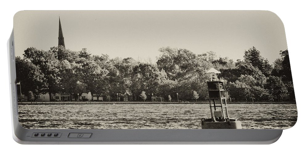 River Portable Battery Charger featuring the photograph The Delaware River At Bristol by Bill Cannon