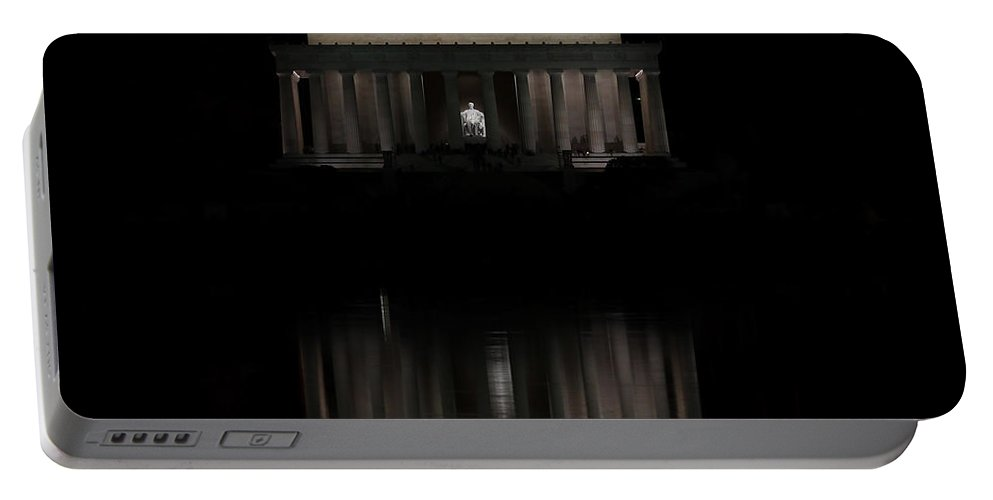 Washington Dc Monument Portable Battery Charger featuring the photograph The Lincoln Memorial by Kim Hojnacki