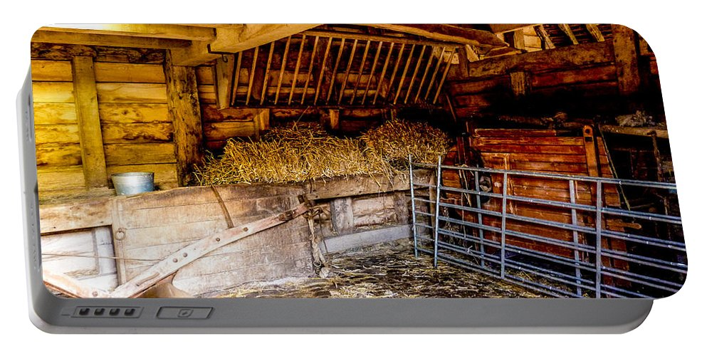 Barn Portable Battery Charger featuring the photograph Watersfield Stable by Dawn OConnor