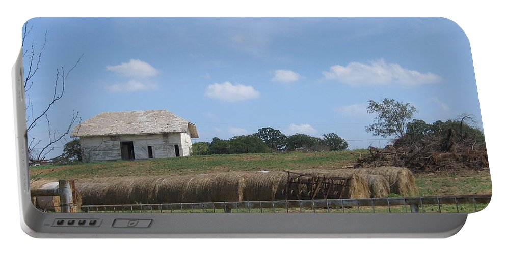 Farm Portable Battery Charger featuring the photograph White Barn by Amy Hosp