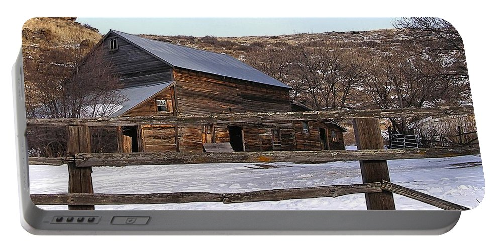 Barns Portable Battery Charger featuring the photograph Country Barn by Susan Kinney