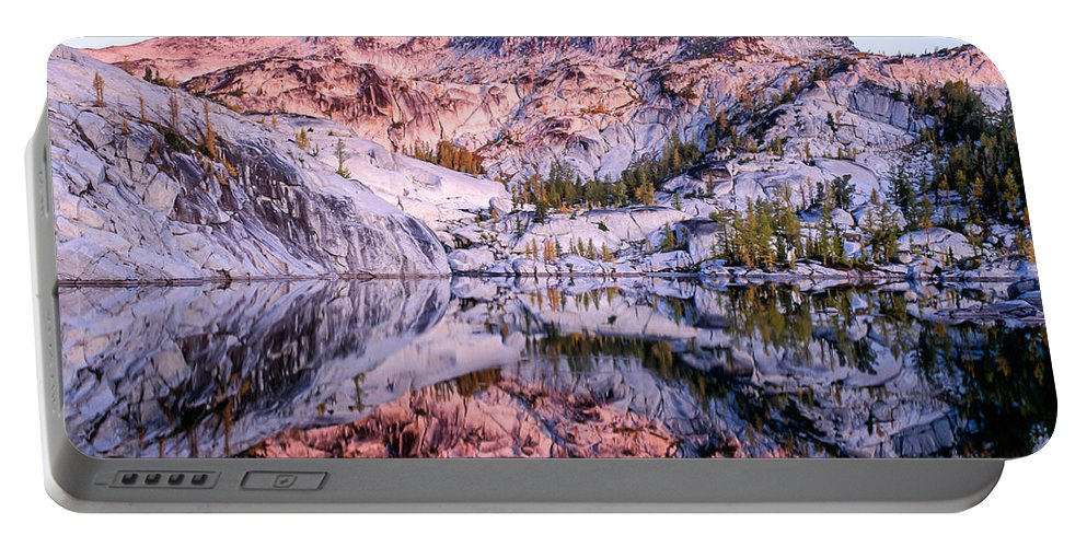 Alpine Lakes Wilderness Portable Battery Charger featuring the photograph Leprechaun Lake Sunrise by Tracy Knauer