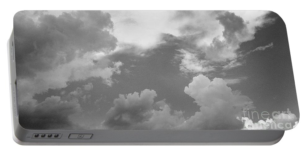 Iphone 4s Portable Battery Charger featuring the photograph 05222012112 by Debbie L Foreman